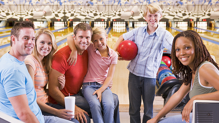 Family Funday Sundays at Nugget Lanes Bowling Center