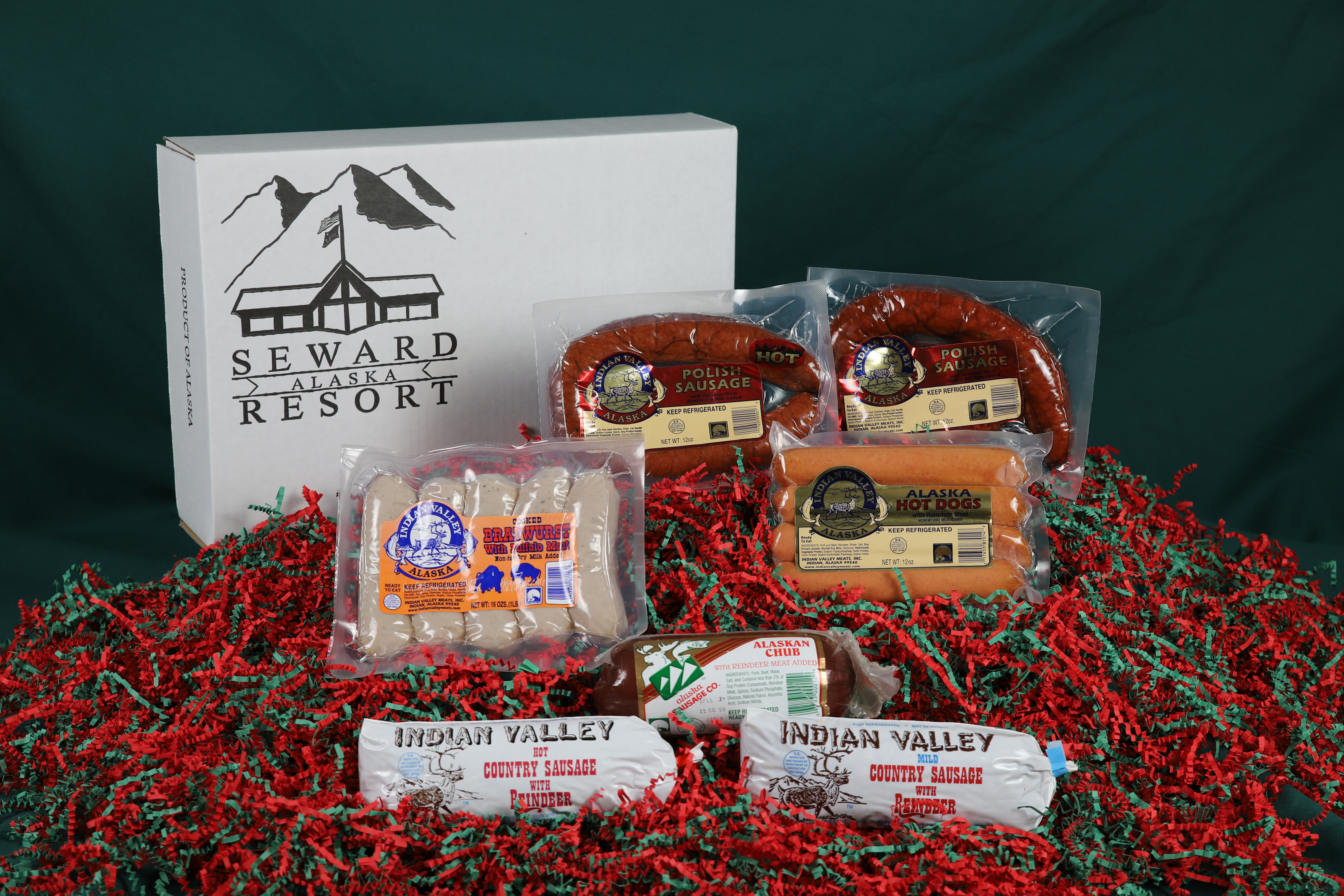 SMR_Alaskan_Delight_Gift_Box_Items_Out_Of_Box_Web.jpg