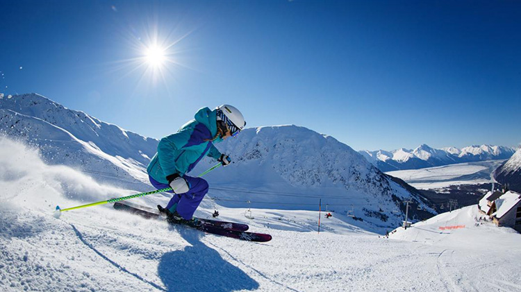 Alyeska & Hilltop Resorts Skiing and Cabin Weekend Expedition