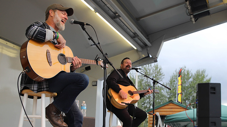 Oktoberfest with Craig Morgan photos and more!